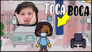 AVA im KRANKENHAUS  Wir spielen Toca Boca Hospital - Geschichten und Spielzeug