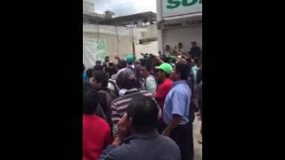 Federales contra Maestros en Tlaxiaco