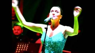 Şevval Sam gül güzeli Trabzon Konseri