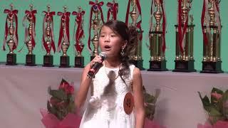 若干10歳のここねちゃんのすばらしい、美しい歌声ご覧ください Please t...