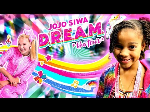 SURPRISING CALI WITH JOJO SIWA CONCERT | FamousTubeKIDS