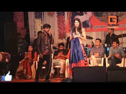 Kinjal Dave New 2018 Garba || Kinjal dave Amu Kaka Bapa Na Poriya || Kinjal dave Holi Song 2018