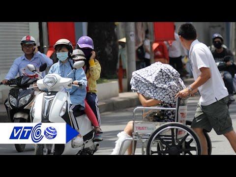 Dân Sài Gòn chật vật chống chọi với nắng nóng | VTC