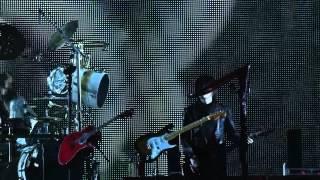 """Performance ao vivo da nova versão de """"MACABRE"""" no Nippon Budokan e..."""