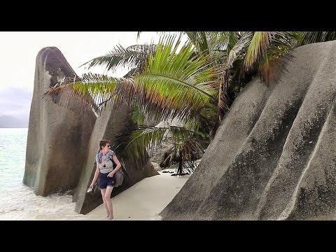 "Seychellen,  La Digue: Bike-Erlebnisfahrt zum ""Bacardi Strand"""