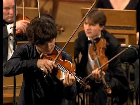 2005 - Ivan Pochekin (18 years old) - Paganini, la Campanella
