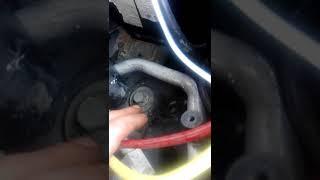 Как снять передний амортизатор ауди а4 б5 ,пассат б5