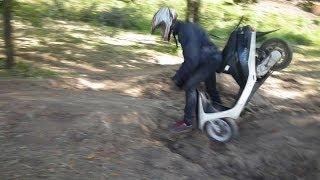 Обзор и тестирование скутера Honda dio af-27(При съёмке видео ни один человеческий детёныш не пострадал и не получил пяткой в голову! XD Ссылка на блог:..., 2013-08-28T13:31:37.000Z)
