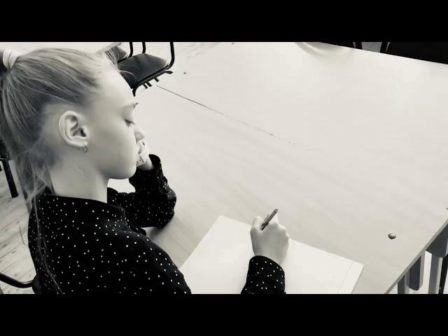 Изображение предпросмотра прочтения – МарияГречихина читает произведение «Моим стихам, написанным так рано…» М.И.Цветаевой