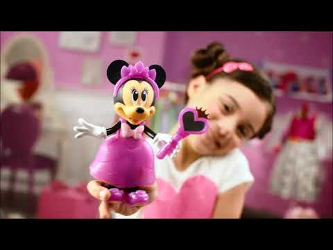 Smyths Toys - Minnie Mouse Fashion Doll