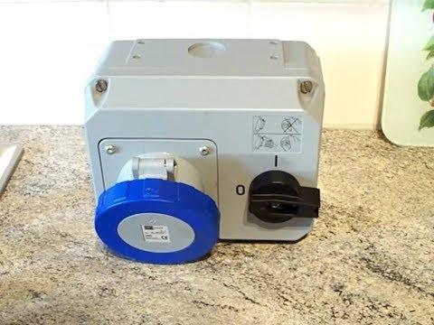 Plugs : MK Commando K9355 63A Interlocked Socket.