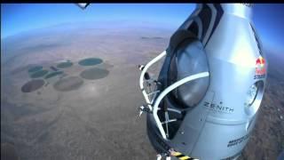 видео Затяжной прыжок парашютиста