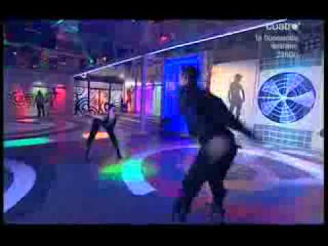 8 .1 10 Juan y Sarai --Funky -Fama a Bailar- --