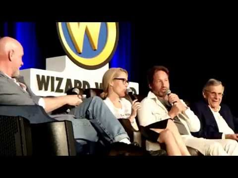 XFiles Wizard World Chicago panel 2016