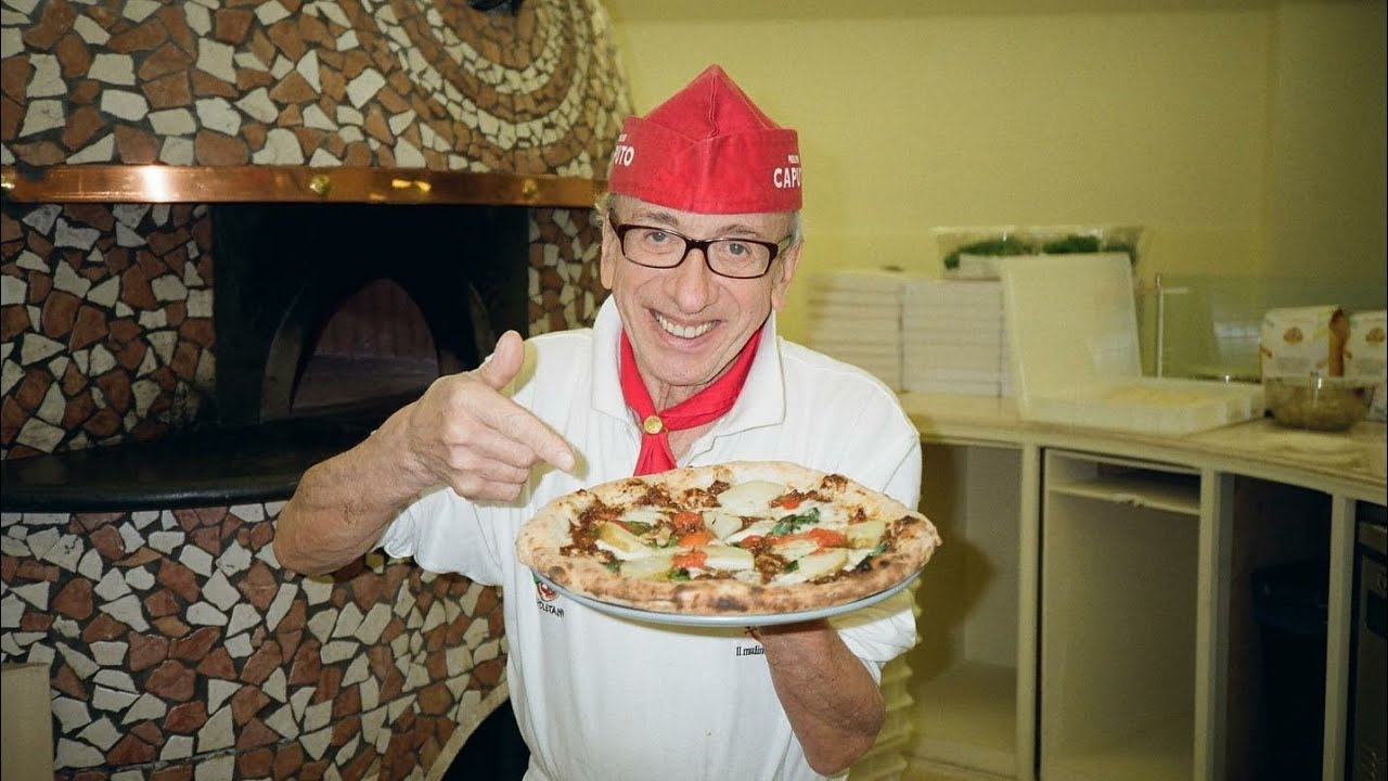 Making Neapolitan Pizza Baked With Wood, Pizzaiolo, Pizza Master / 로쏘 1924 / Korean street food