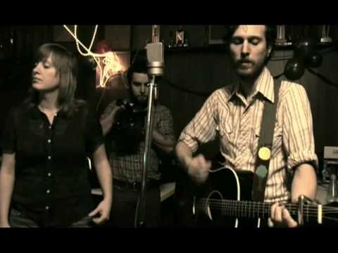 great-lake-swimmers-she-comes-to-me-in-dreams-legion-greatlakeswimmers