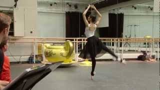 Christopher Wheeldon rehearses Alice