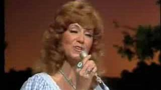 Gambar cover Dottie West - Country Sunshine