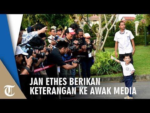 Ikut Sang Kakek di Gedung Agung Yogyakarta, Jan Ethes Berikan Keterangan pada Awak Media