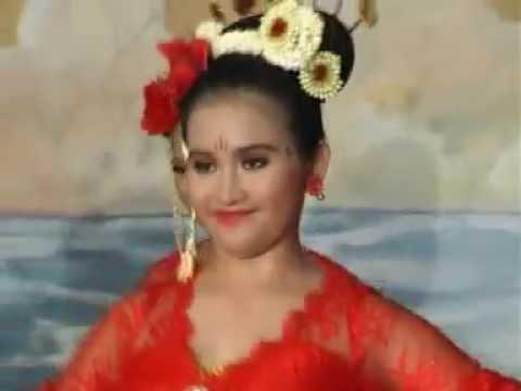 Jebing Kacong Dance By Sanggar Sayu Gringsing