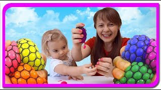 Ce se ascunde in Stress Ball.  Anabella Show