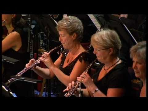 Lawrence of Arabia title theme live  The BBC Concert Orchestra dir. John Wilson