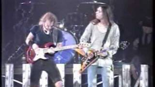 PAUL GILBERT vs BILLY SHEEHAN & BILLY SHEEHAN