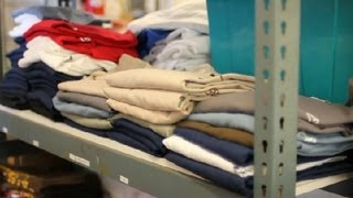 How to Buy Wholesale T-Shirts : T-Shirt Design Tips(, 2013-05-27T10:52:46.000Z)