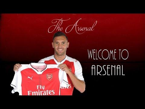 Lucas Pérez ● Welcome To Arsenal?