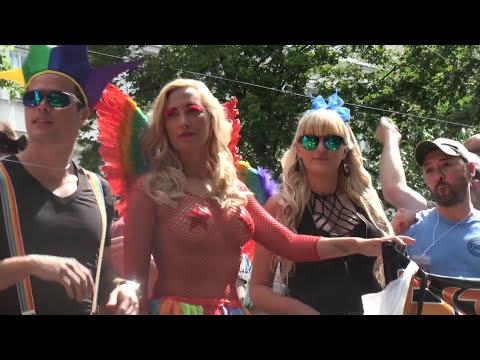 ☼ Regenbogenparade 2016 | Tausende von LGBT auf der Straße