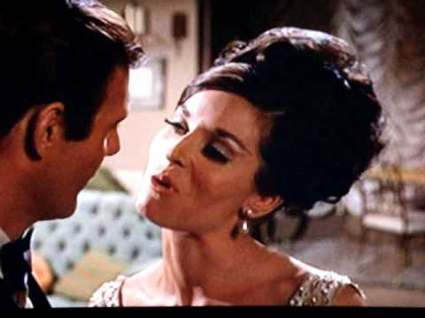 """Lee Meriwether 3 / 5 Catwoman """" After Dinner Kiss """" Trap !"""