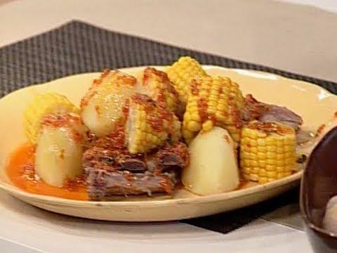 lo-mejor-de-la-cocina-española---mojo-picón-con-costillas-y-papas-arrugadas