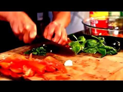 how-to-make-raw-vegan-zucchini-tomato-and-basil-recipe-|-american-vegetarian-food-|-vegan-food-recip