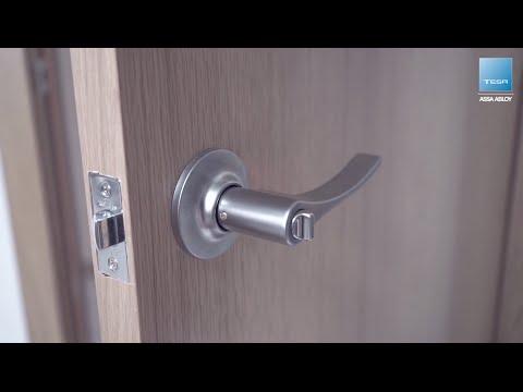 Poner cerrojo en puerta de madera
