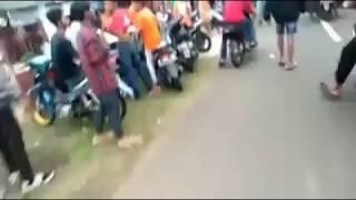 Download Video Aksi Sweeping Viking Terhadap The Jakmania, Saat Persija Menjadi Juara MP3 3GP MP4