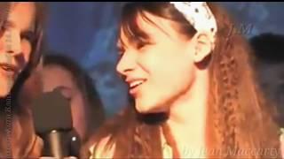 Катя Власова видео ее выступления в школе КЛИП памяти Бонни и Клайд 1280×720