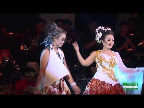 SIMFONI TARLING - DIVA Tarling Cirebon - KEBAYANG  Voc. Nunung Alvi & Diana Sastra