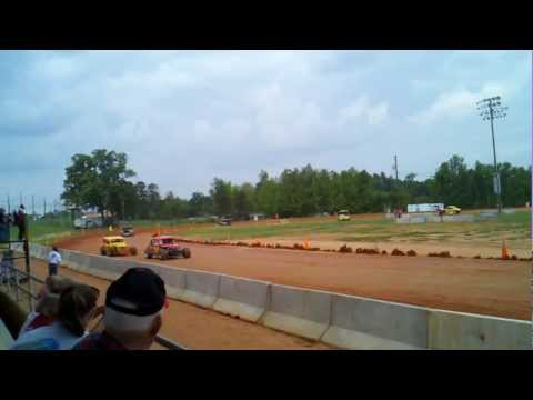 Racing at Cleveland County Fairgrounds, Shelby NC. Apr 2012. Bell & Bell
