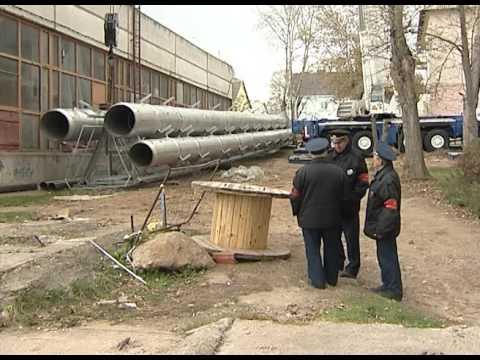 На улице Чекистская устанавливали новые дымовые трубы