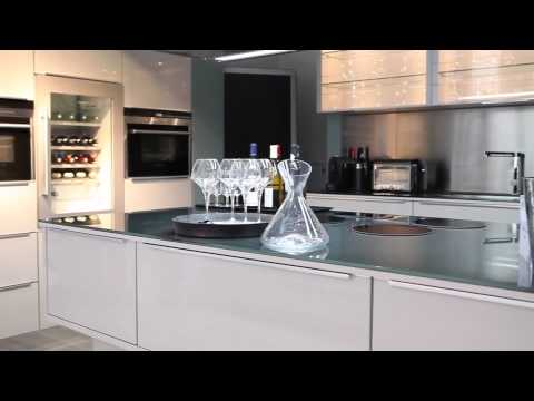 journ e presse cuisines but 2013 2014 youtube. Black Bedroom Furniture Sets. Home Design Ideas
