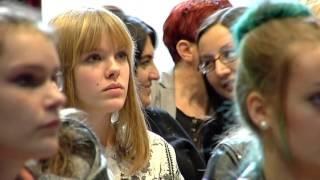 Internationales Erfolgsbeispiel für Flüchtlingsintegration begeistert Arnsberg