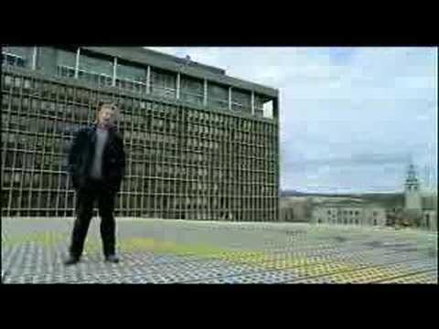 Dennis Storhøi i storebrand reklame