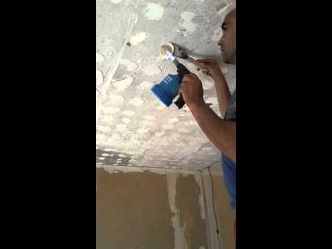 Comment d coller de la colle au plafond youtube for Dalle de plafond en polystyrene