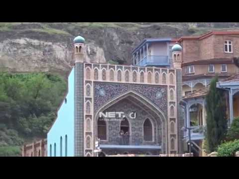 Masjid Juma berada di pusat kota Tbilisi Republik Georgia