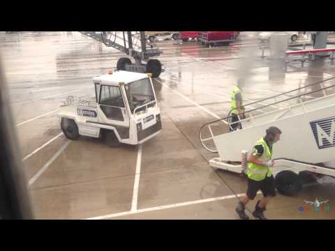 Funny London Stansted Airport Ground Crew Crazy  :-)