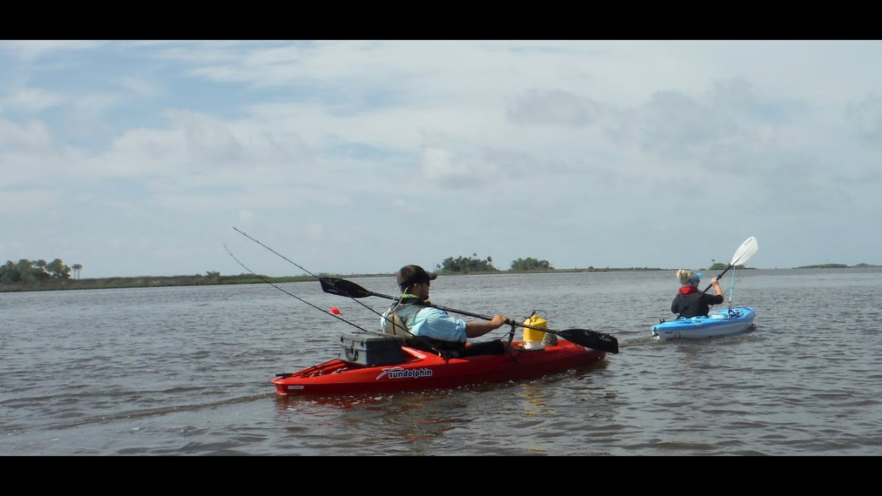 Kayak fishing the cross florida barge canal youtube for Florida canal fishing