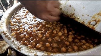 Famous Chole Kulche in rohini near dtu college - 20 rupees only
