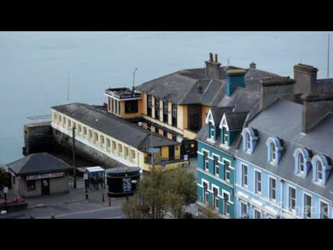 Travel guide to the seaport town of Cobh in Ireland