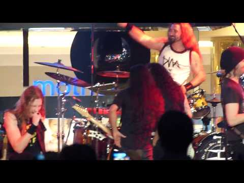 DragonForce - Cry Thunder, Live in Serpong