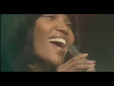 Judy Cheeks - Suspicious Minds  - Spain Television Performance